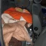 Casa coniugale alla moglie e il marito dorme nell'auto